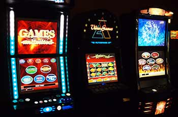 Video Lottery Terminals (VLT) / Slot Machines